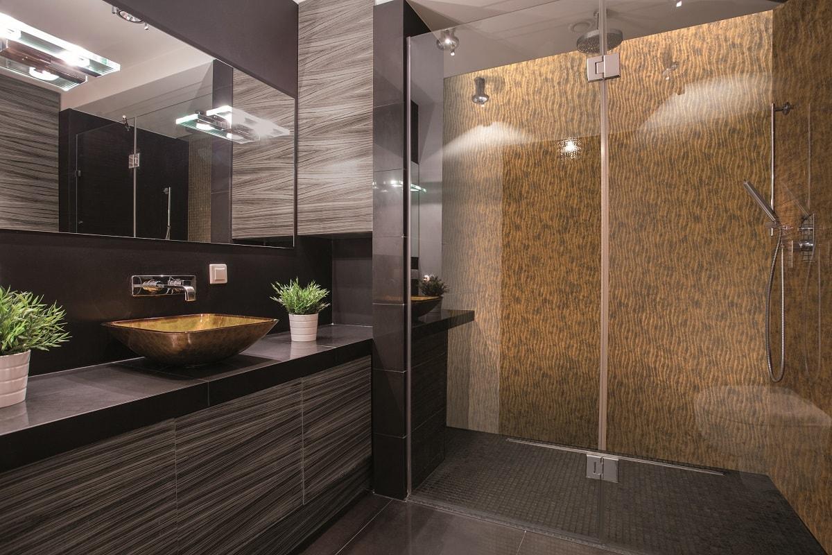 panneaux muraux pour votre salle de bain espaces de douche. Black Bedroom Furniture Sets. Home Design Ideas