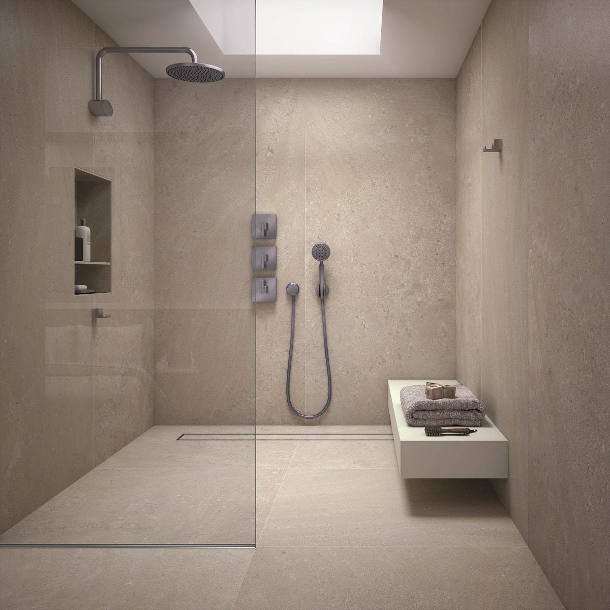 salle de bain en dalles