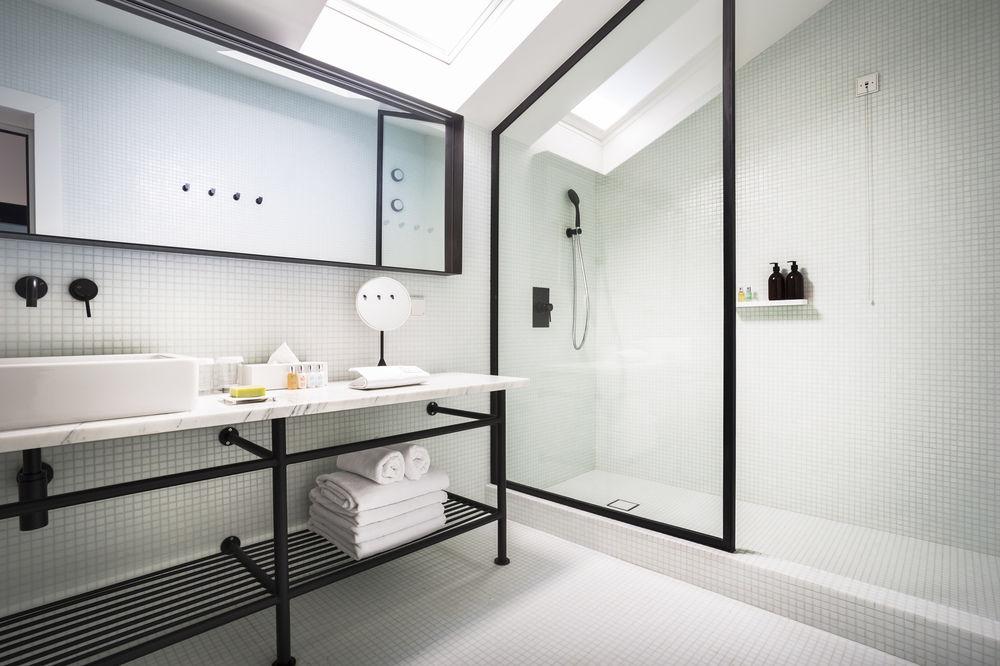 S\'inspirer des hôtels pour optimiser votre espace de douche ...