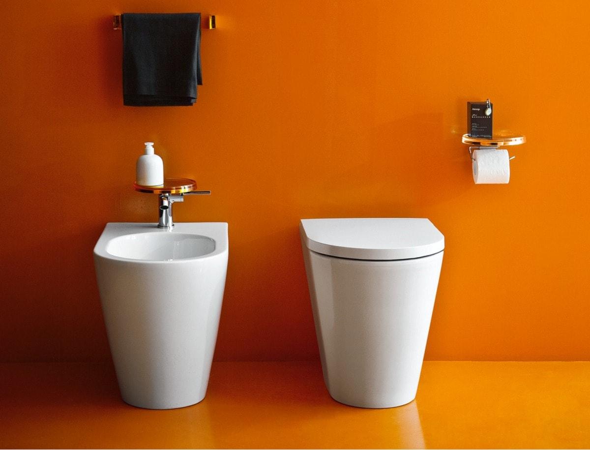 wc-kartell-laufen-orange-convertimage-min