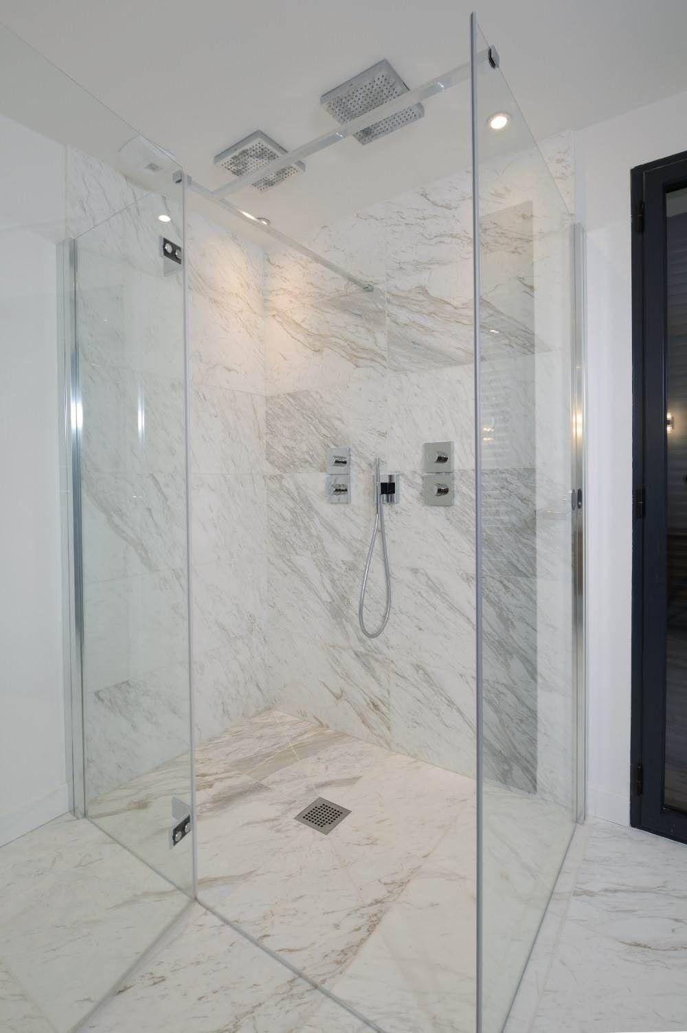 Douche à l\'italienne : quel revêtement pour les murs et le ...